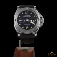 PANERAI<BR>LUMINOR SUBMERSIBLE ACERO. · ref.: PAM 00025